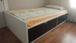 Fully Furnished Room for rent near Sheridan College Brampton