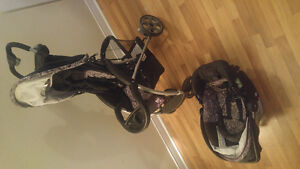 MATCHING STROLLER AND CAR SEAT + base
