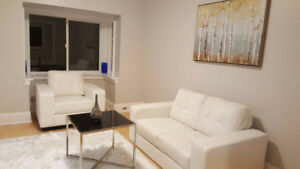 Beautifully Renovated Detached 2+1 Bed, 2-Story, Avenue&Lawrence