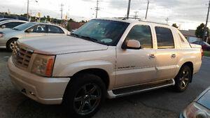 2003 Cadillac Escalade Pickup Truck