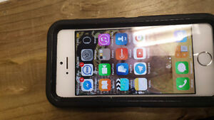 2 iphone 5s 32 gb AND IPHONE 4 8 GB