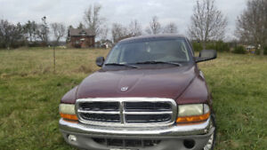 2002 Dodge 4x4 Dakota SLT Pickup Truck