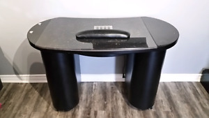 High End Manicure Table !!