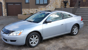 ** Price Reduced w/ VERY LOW KM** 2004 HONDA ACCORD LX Coupe