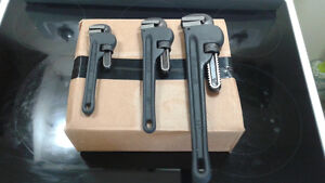 Mastercraft (3 Pieces) Pipe Wrench Set - Cast Iron Handles.