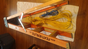 For Sale: A 4' Featherlight & 2 (New) Extension cords.