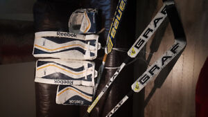 Hockey Gardien  kit Reebok jr pad 26 +1  blocker et mit + hockey