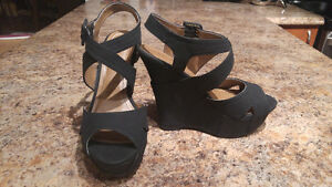 Brand new never worn Sandal Wedges West Island Greater Montréal image 5