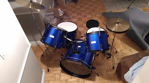 Batterie Complète AVEC Cymbales et Banc(cymbal,drum,cymbale)-