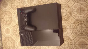 $375 SONY PS4 w/ Controller, 5 games