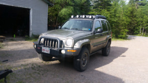 2004 Jeep Liberty Renegade licensed inspected  3500 obo