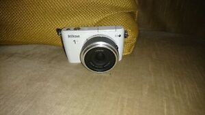 Nikon S1 w/ 11-27.5 lens Kitchener / Waterloo Kitchener Area image 1