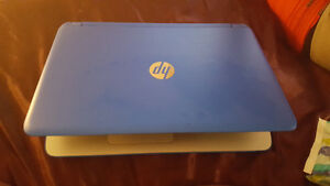 "15"" blue HP laptop. Great condition. Prince George British Columbia image 4"