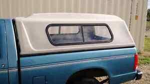 Chevy S10 / GMC S15 Short Box Fiberglass Canopy