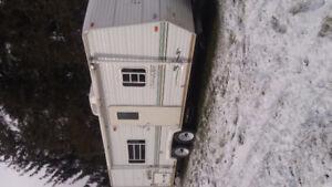 2003.conquest camping trailer