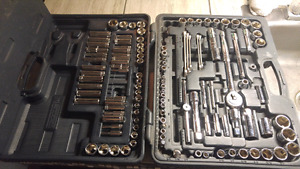 Mastercraft socket wrench set