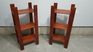 Shelving units / speakers stands