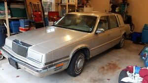 1990 Chrysler Fifth Ave (Classic)