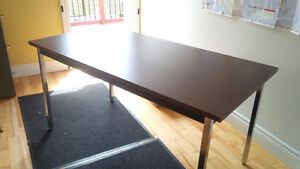Table Solid for Office, Work or Home