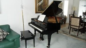 KAWAI GRAND PIANO  GS-40      Like brand new