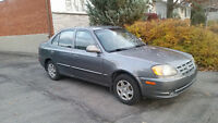 2003 Hyundai Accent GL Berline + 8 tires + winter carpets