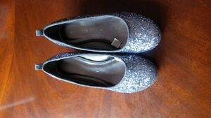 Girls size 1 dress shoes