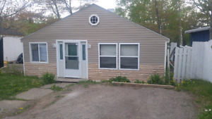 3 bedroom house for rent 950 un heated unlighted