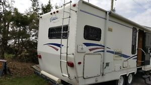 UPDATE: For Sale: 2000 28ft Citation Fifth wheel trave trailer London Ontario image 5