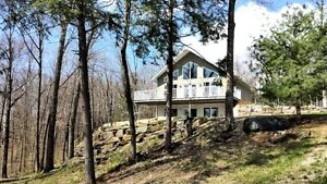 Calabogie Home With Access to Madawaska River  MLS 1047140