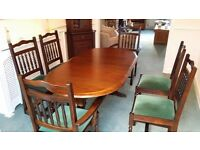 Solid oak dining table, chairs and corner unit