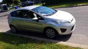Ford fiesta 2013 excellente voiture