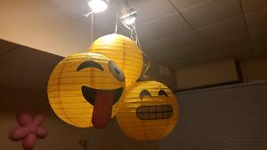 Emoji party suppies