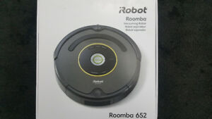 iRobot Roomba 652 Robot Vacuum Brand New Sealed