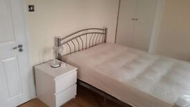 !!!Newly renovated spacious double bedroom in North London!!