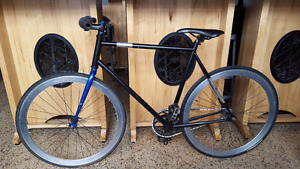 Black Fixed Gear Bicycle. $175. located in bloordale
