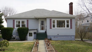Hfx - Bayers Road 3 Br 1 Bth Avail Now Garage Yard ALL UTIL INCL