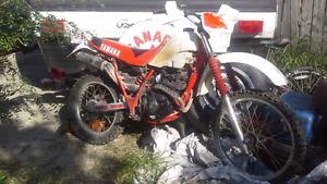 Yamaha dirt bike tt225