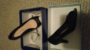 New Shoes ... still in Box....size 6....