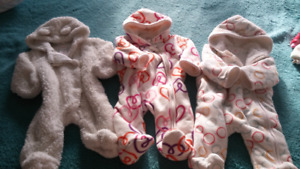 Baby girl pramsuit 0-3mo for Winter / Joe Fresh