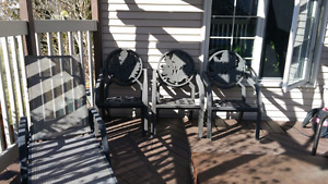 6 patio and 1 lounge chair