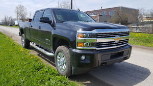 2016 Chevrolet Silverado 2500HD LT (LOW KMS)