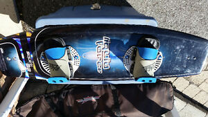 Liquid Force Squirt 32 wakeboard