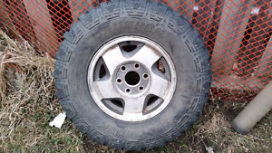 88 to 98 half ton wheels. best offer takes them !