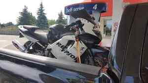 1999 Honda CBR 600 F4i AND 2000 Honda XR250R TRADE FOR DIRTBIKE Cambridge Kitchener Area image 1