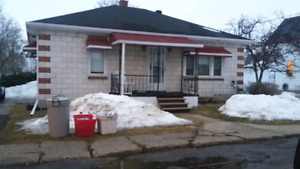 Bungalow for sale in Renfrew