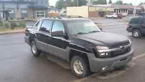Rare 3/4 ton Avalanche priced to sell!