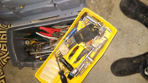 Tools and other lawn care items