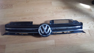 VW Golf and GTI grille