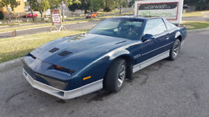 1985 Ponitac Firebird Trans Am with T-tops