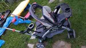 Poussette  double / double stroller